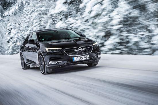 Tracción integral con reparto vectorial del par para el nuevo Opel Insignia