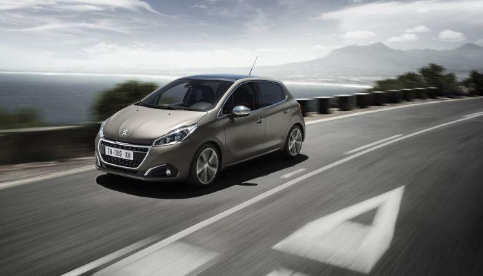 El Peugeot 208 estrena la tecnología Pure Efficiency en el motor gasolina PureTech 82 S&S