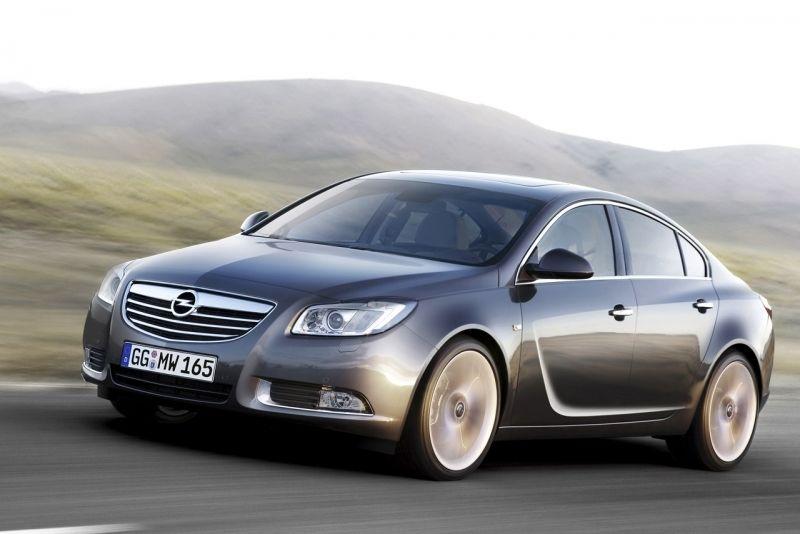 El restyling del Opel Insignia cada vez más cerca
