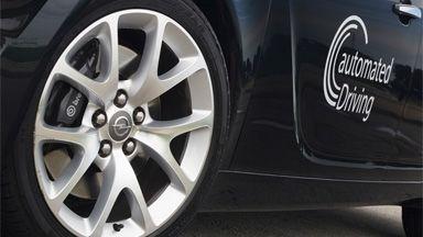 Opel se suma a la conducción automatizada