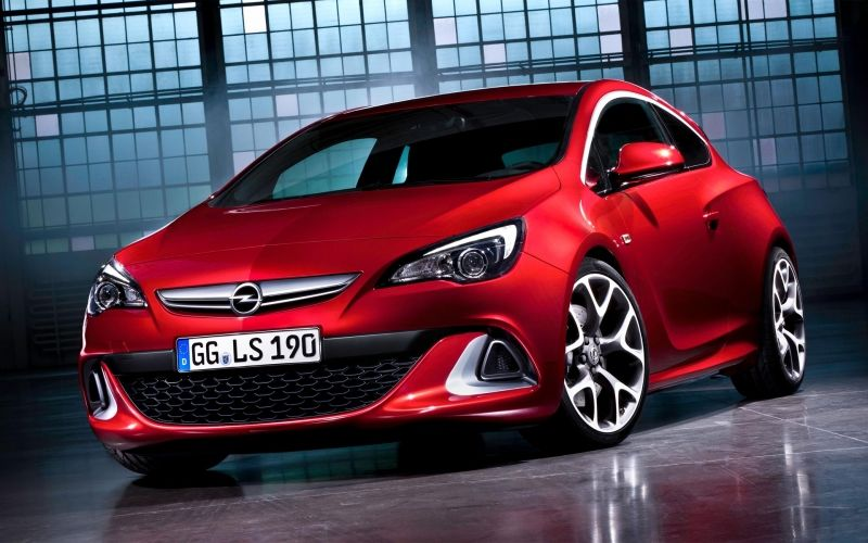 Opel, líder absoluto en ventas