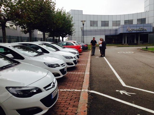 Entrega 12 Opel Astra a la empresa Ibermática
