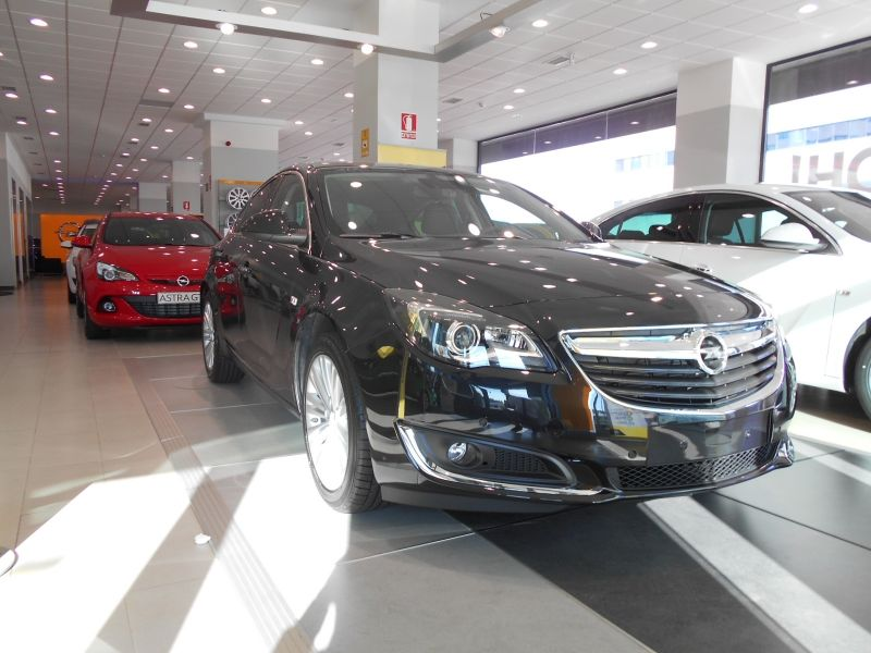 OFERTA ESPECIAL /20.490€/ - OPEL INSIGNIA SELECTIVE 1.6 CDTI 136CV 6v 5p Diesel