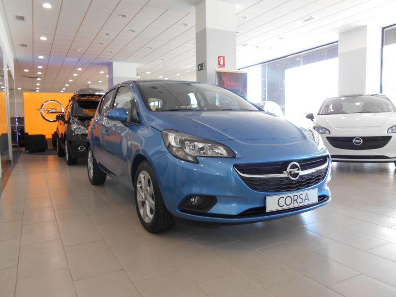 OFERTA ESPECIAL / 10.990 € / OPEL CORSA COLOR EDITION 1.4 90CV gasolina 5 puertas.