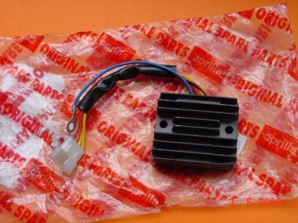Regulador Aprilia RS125 - Ref. AP8112846