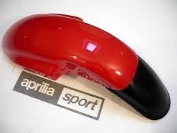 Guardabarros rojo Aprilia AF1 125 - Ref. AP8130821