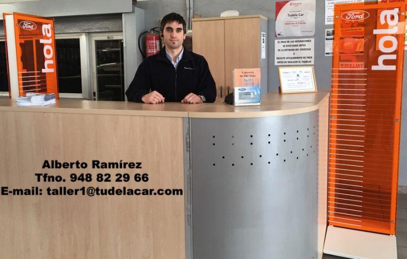 Alberto Ramírez, jefe de taller de Tudela Car