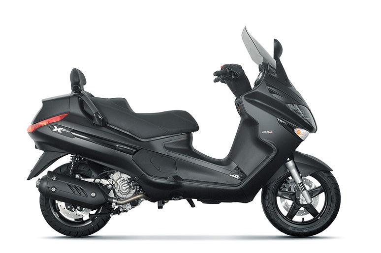 Piaggio X EVO 125 2.899 €