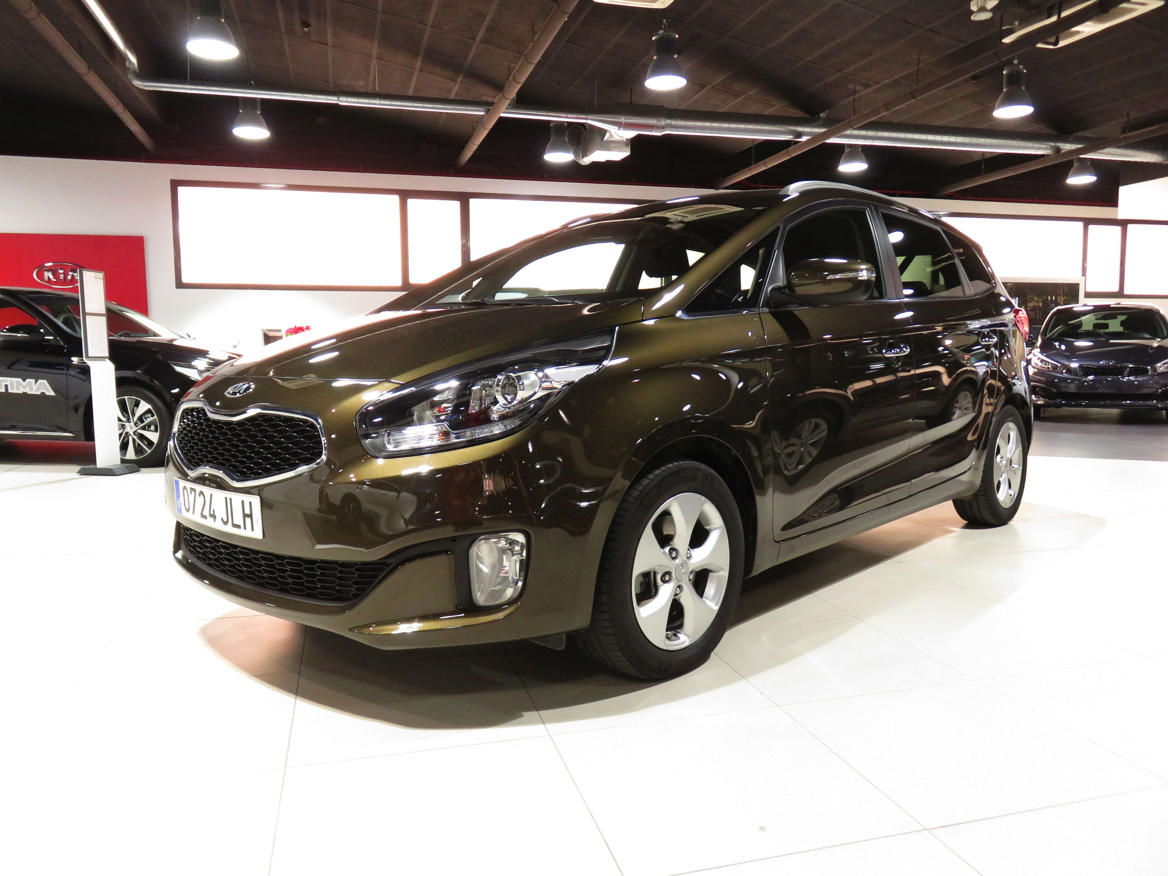 Kia Carens 1.7CRDi Eco-Dynamics x-Tech 7Plazas por 19.000€*