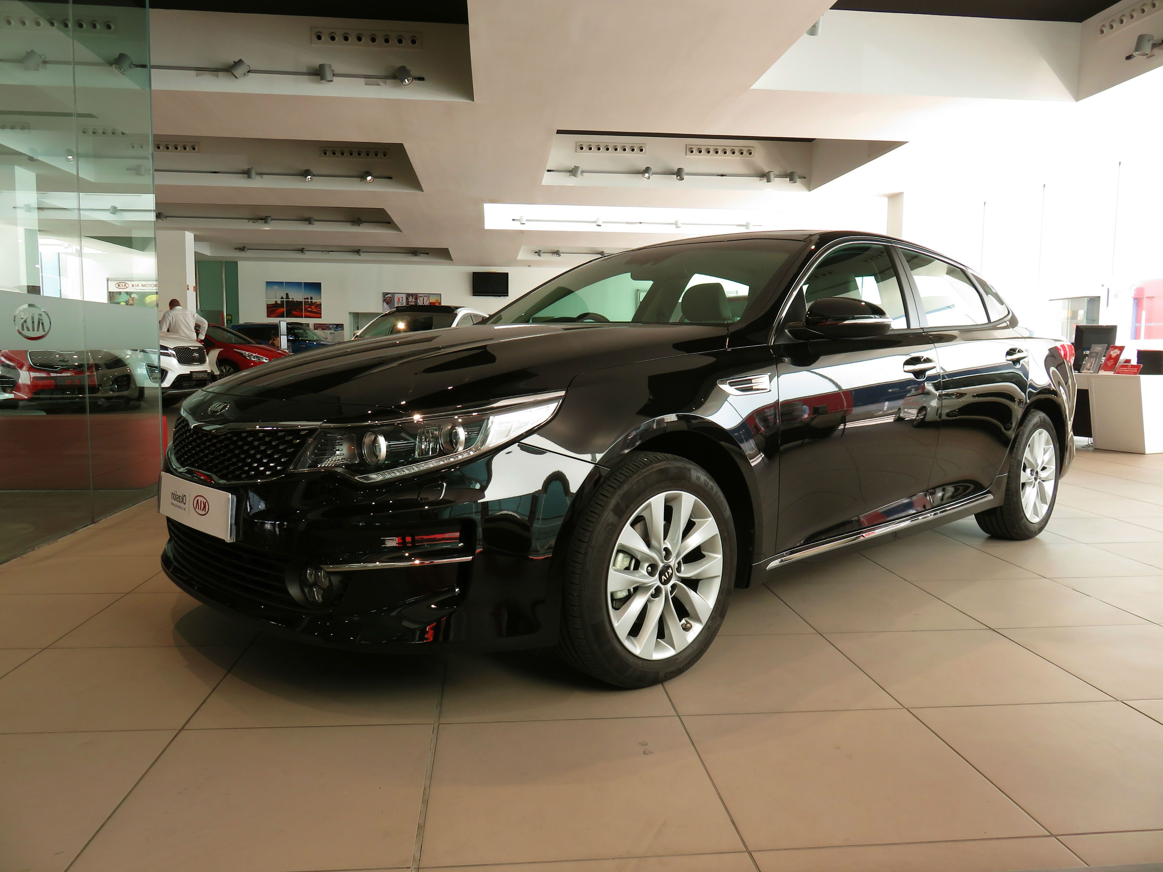Kia Optima 1.7CRDi VGT Drive Eco-Dynamics por 19.550€*