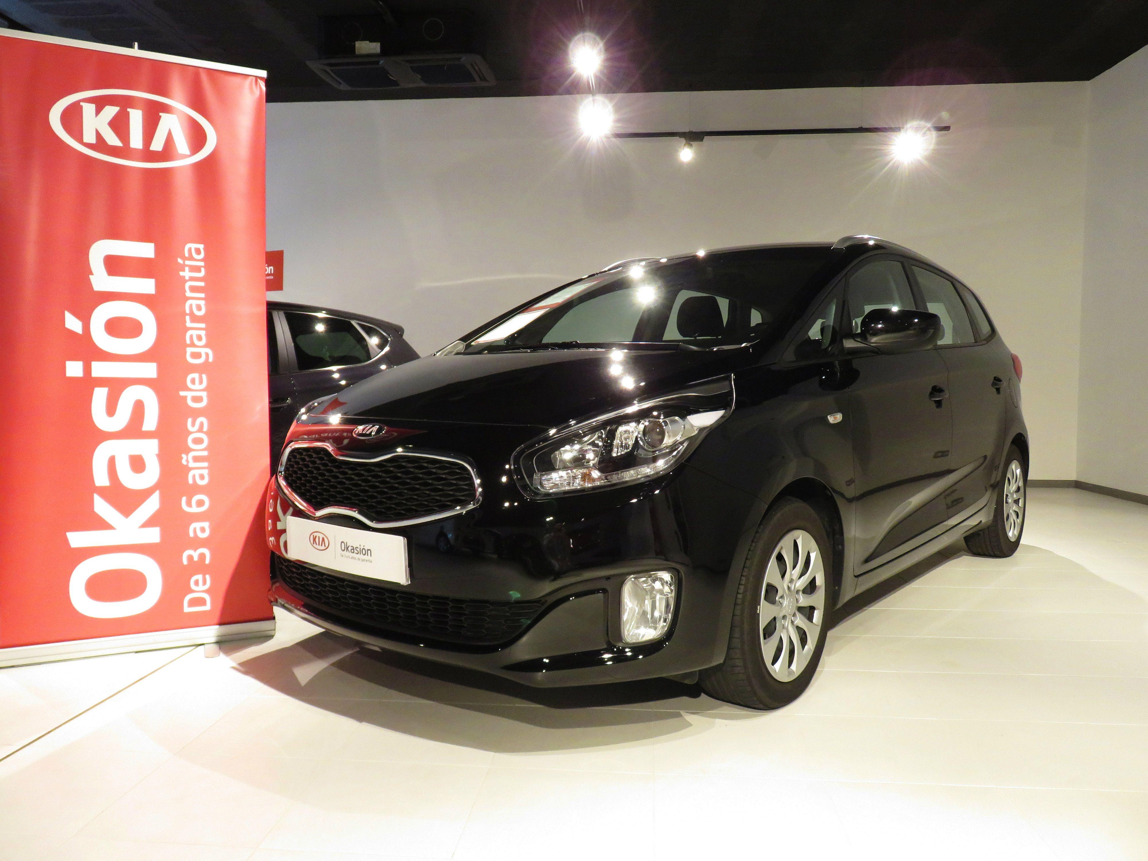 Kia Carens 1.7CRDi Concept 7 plazas por 15.550€*