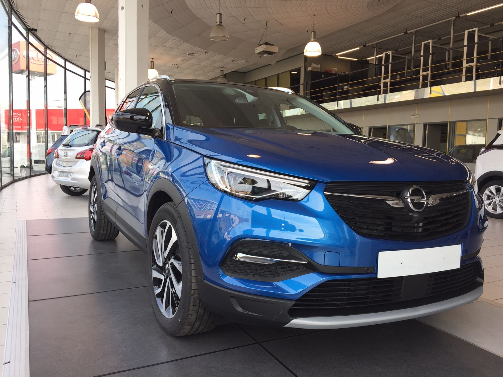 Here It issss!!!!! New Opel Grandland X en Argauto!